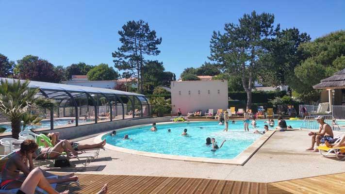Quels sont les meilleurs campings avec piscine à Royan ?