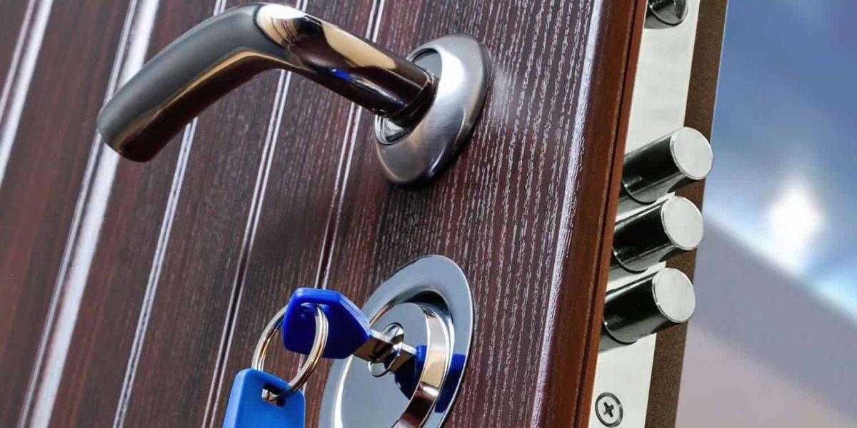 Le cadenaset la serrure à carte: des dispositifs de sécurité supplémentaires